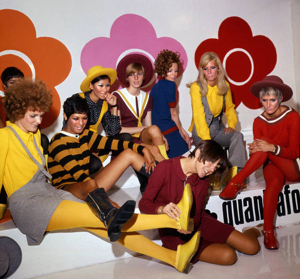 Mary Quant, V&A London, Fashion London, Victoria and Albert Museum London, miniskirts, tights, makeup, fashion revolution on the British High Street, fashion, Mary Quant designer, fashion designer, Mary Quant and models at the launch of the quantafoot collection, 1967. © PA Prints 2008