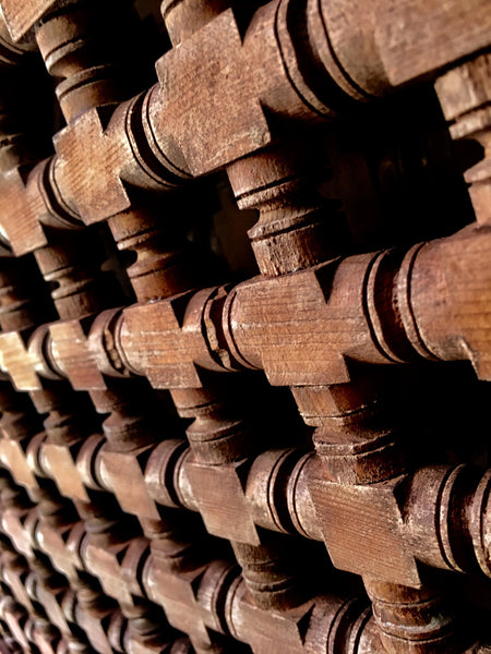 wood, detail, door, decorative wood panel, marrakesh, marrakech, Maroc, Morocco, flea market