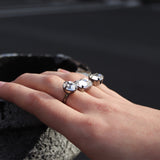 Double Finger Ring W/ 3 Crystals - Hematite/Crystal