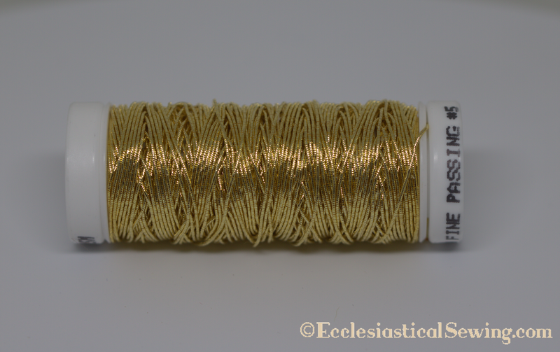 products/Gilt_5_Smooth_Passing_Thread_Ecclesiastical_Sewing.png