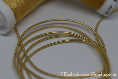 products/Lizardine_1_Goldwork_Thread_Ecclesiastical_Sewing.png