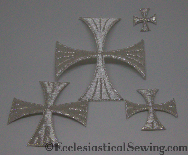 products/SilverMetallicPateeCrossIronOnappliqueEcclesiasticalSewing.png