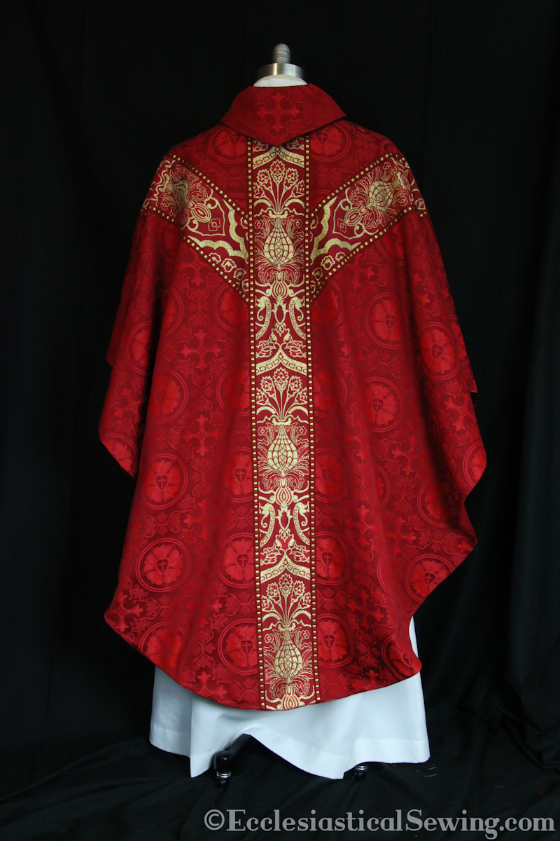 products/gothic-chasuble-stoleset1.png