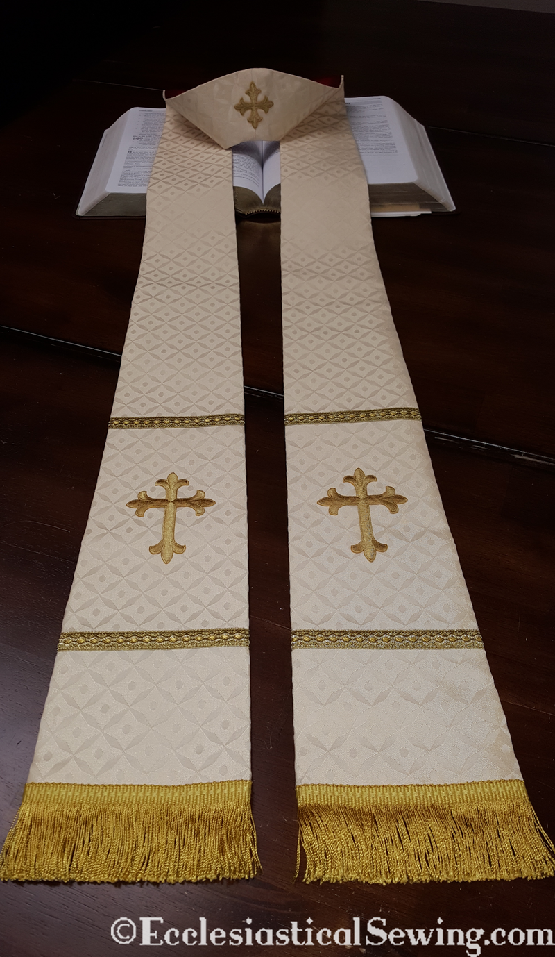products/priest-clergy-stoles-exeter-4.png