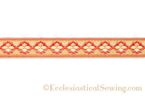 products/quatrefoil_braid_detail_red_copy.jpg