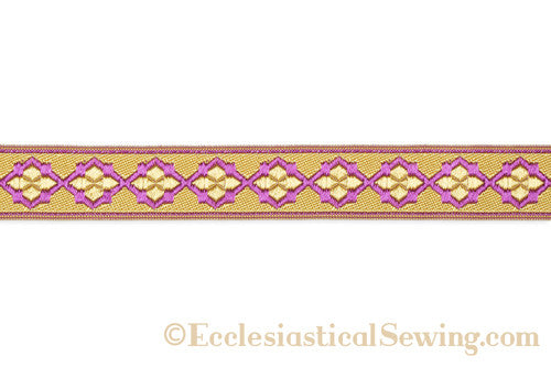 products/quatrefoil_braid_detail_violet_copy.jpg