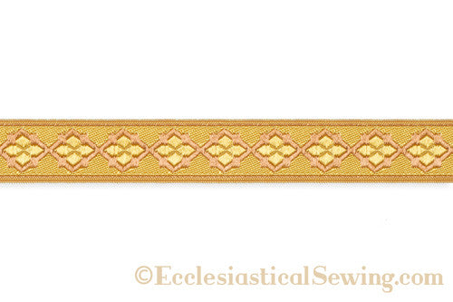 products/quatrefoil_braid_detailgold_copy.jpg