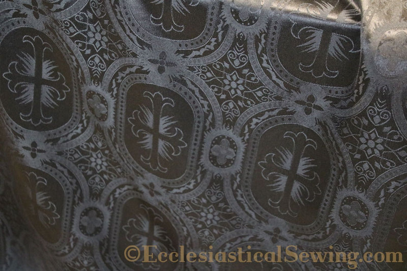 products/white-brocade-fabric-oval-13.jpg