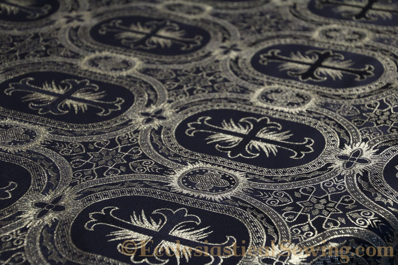 products/white-brocade-fabric-oval-18.jpg