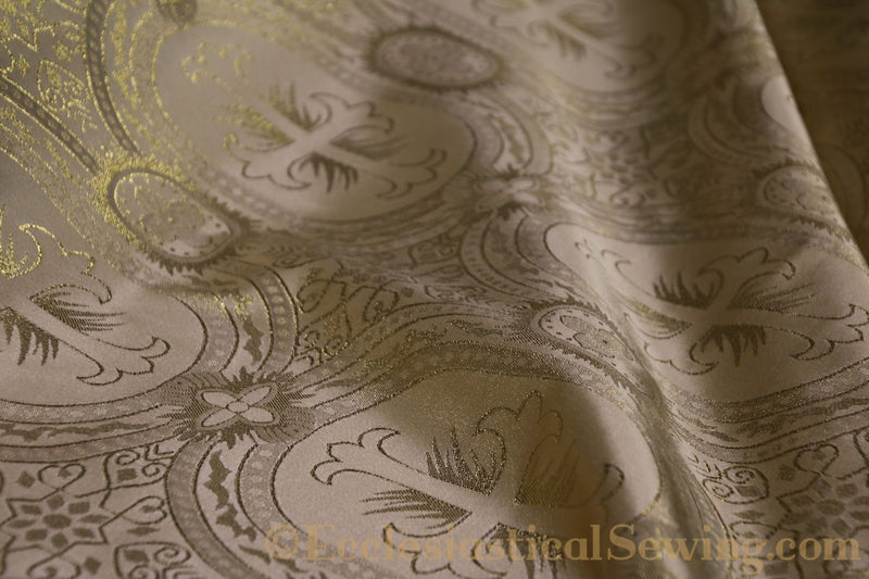 products/white-brocade-fabric-oval-25.jpg