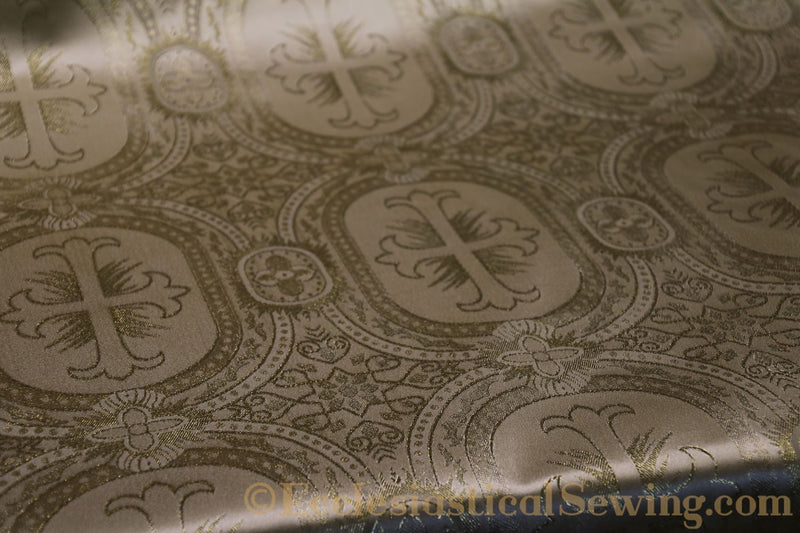 products/white-brocade-fabric-oval-27.jpg