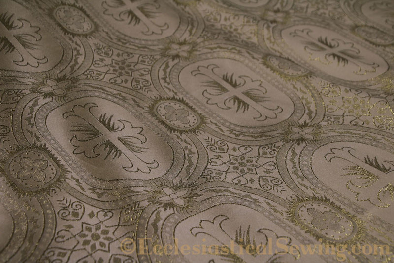 products/white-brocade-fabric-oval-29.jpg