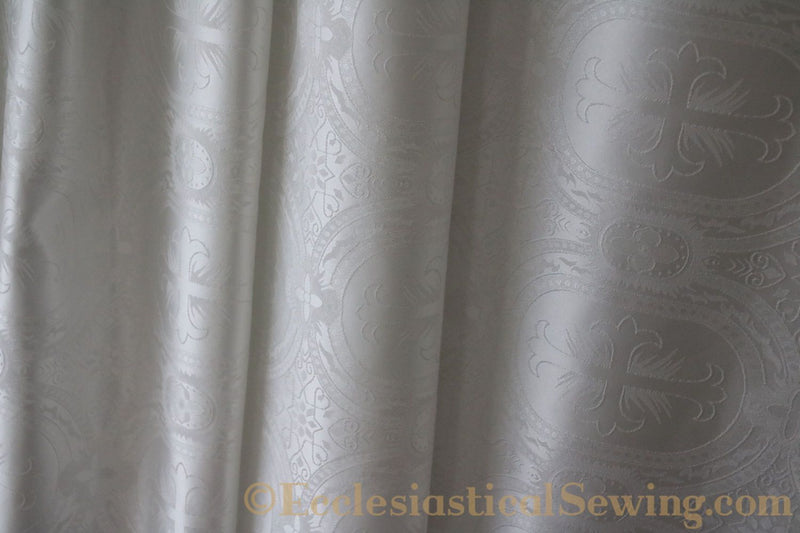 products/white-brocade-fabric-oval-3.jpg