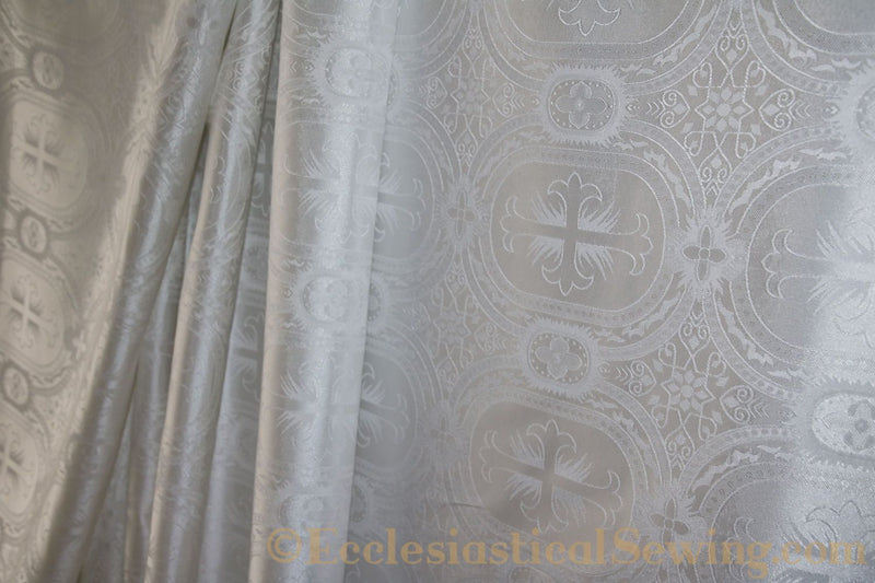 products/white-brocade-fabric-oval-6.jpg