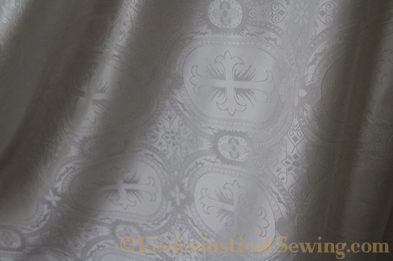 products/white-brocade-fabric-oval-7.jpg