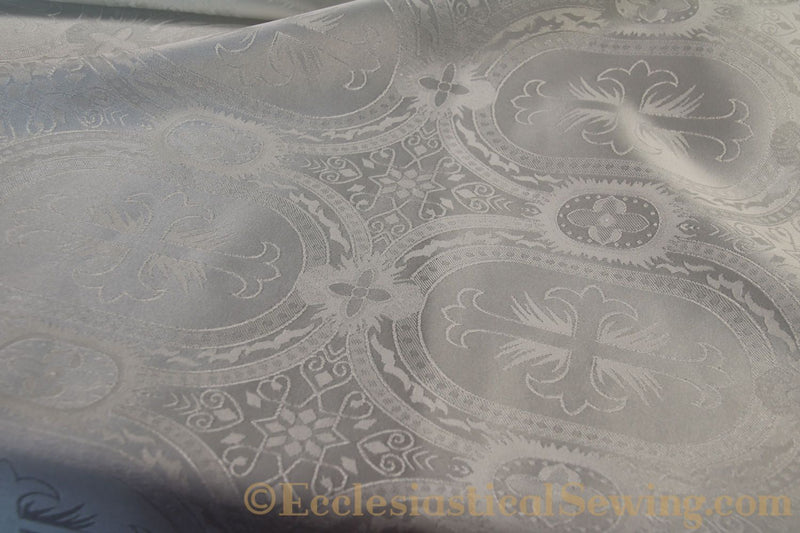 products/white-brocade-fabric-oval-9.jpg