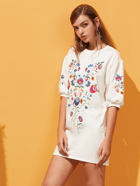 White Flower Embroidery Lantern Sleeve Side Slit Dress