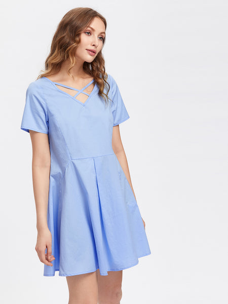 Blue Crisscross Neck Short Sleeve Pleated A-Line Dress