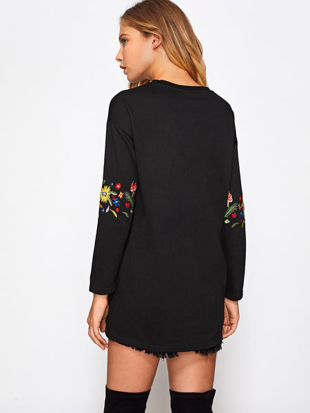 Black Drop Shoulder Pullover With Embroidered Flower