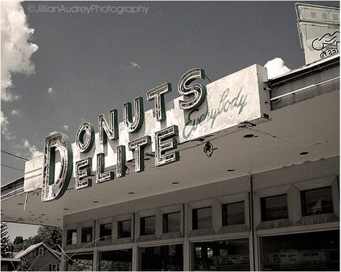 Donuts Delite Everybody / Photography Print