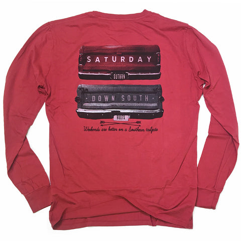 Red Collection - Gates of Glory long sleeve pocket t-shirt