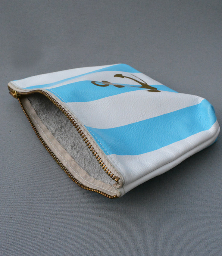 Anchor purse in blue stripe
