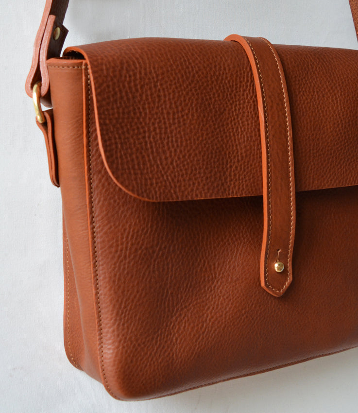 Henry bag in tan