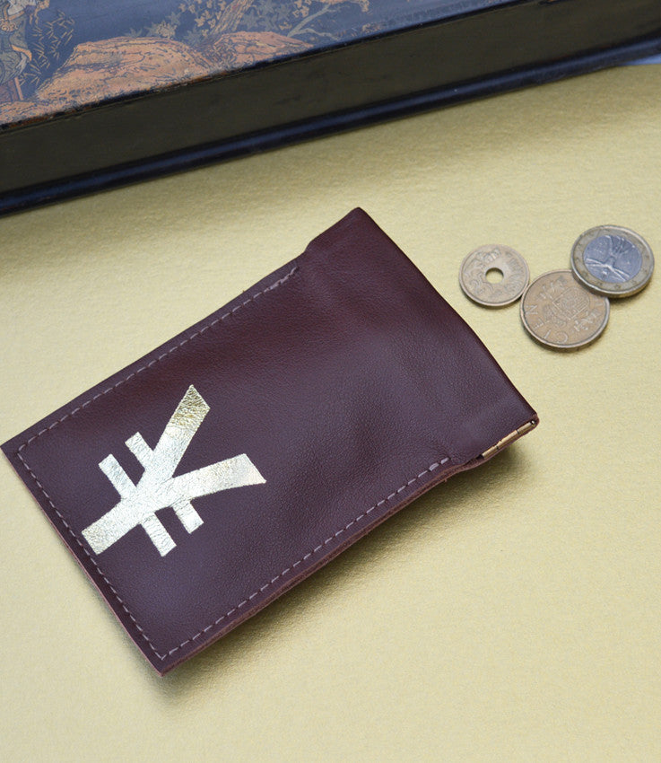 Coin pouch in chocolate