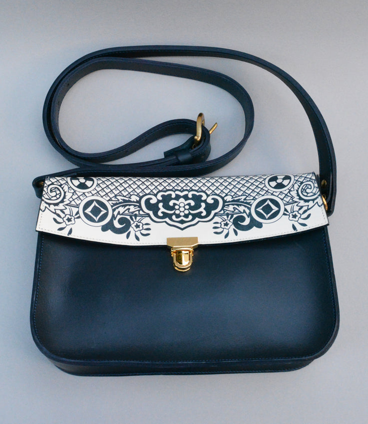 Leather willow print bag
