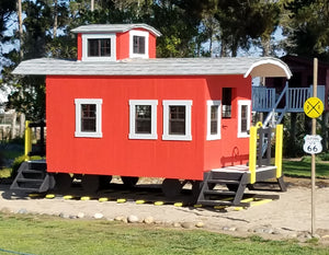 Red caboose play-set plan for kids