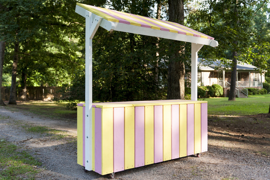 Colorful and detailed wooden lemonade stand