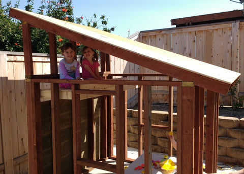 girls inside free playhouse plan