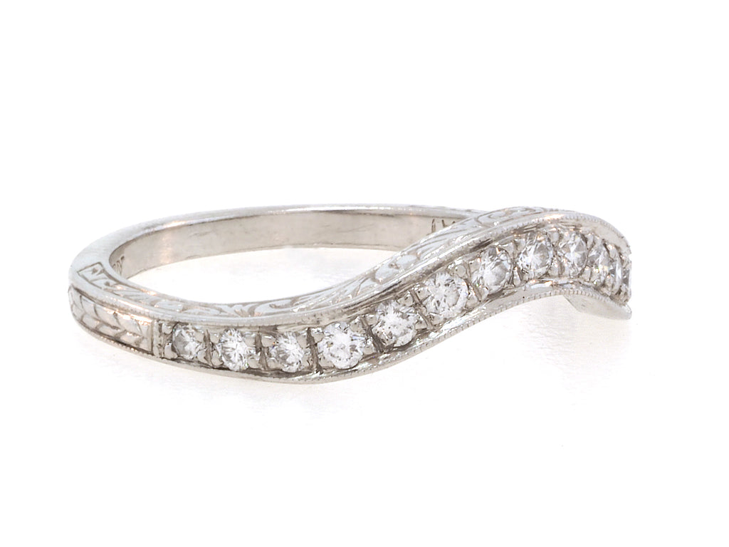 Vintage Diamond Curved Band
