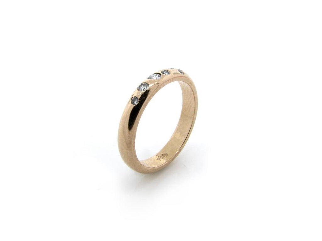 Scattered Diamond Gold Band