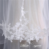 FREE SHIPPING#07308008 Two-tier Pencil Edge Elbow Bridal Veils with Lace Applique Embellishment