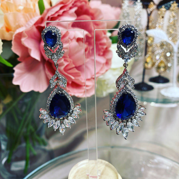 #09532001 Blue Cubic Zirconia Luxruy Earrings