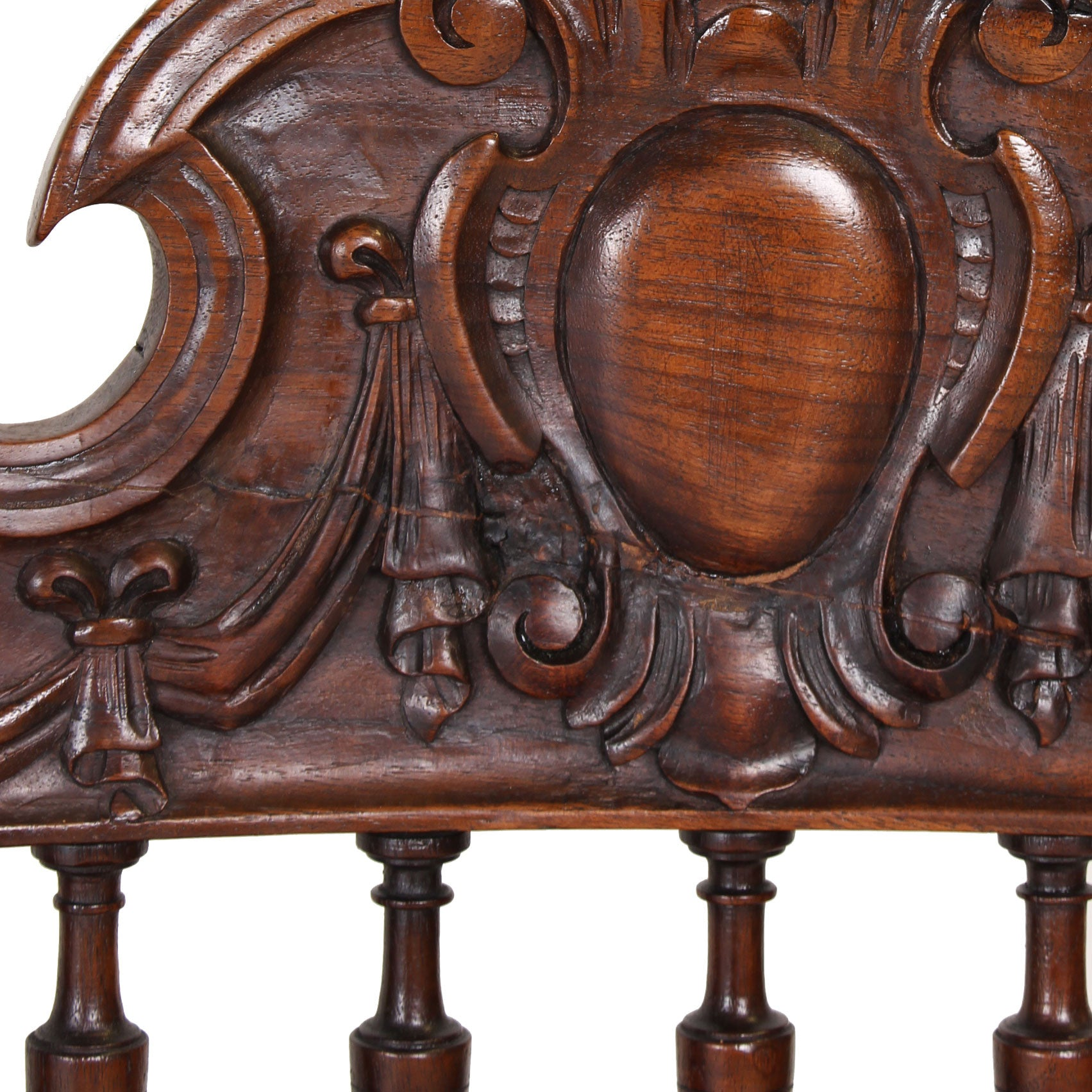 Set of Six Italian Renaissance Style Walnut Chairs Fatto a Mano