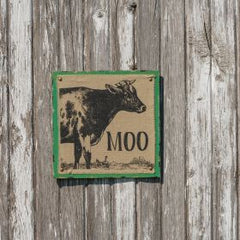 "Green ""Moo"" Burlap Picture"