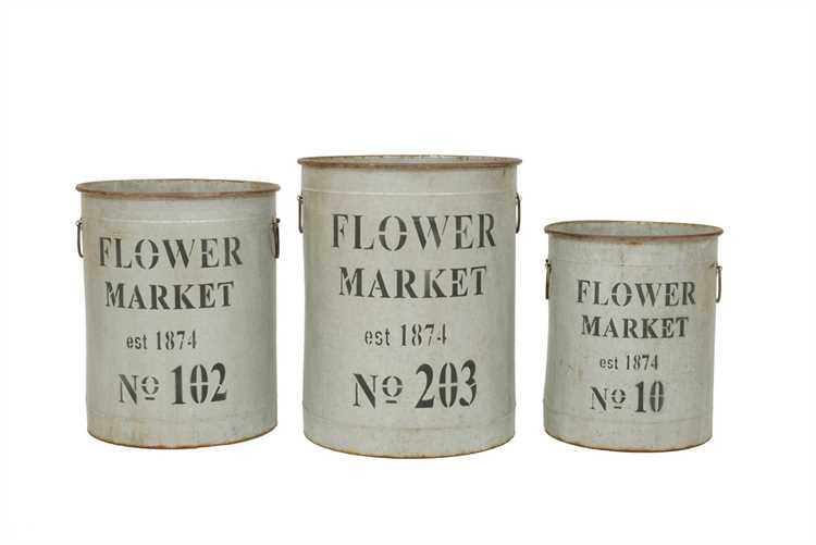 "Round Metal ""Flower Market"" Buckets"