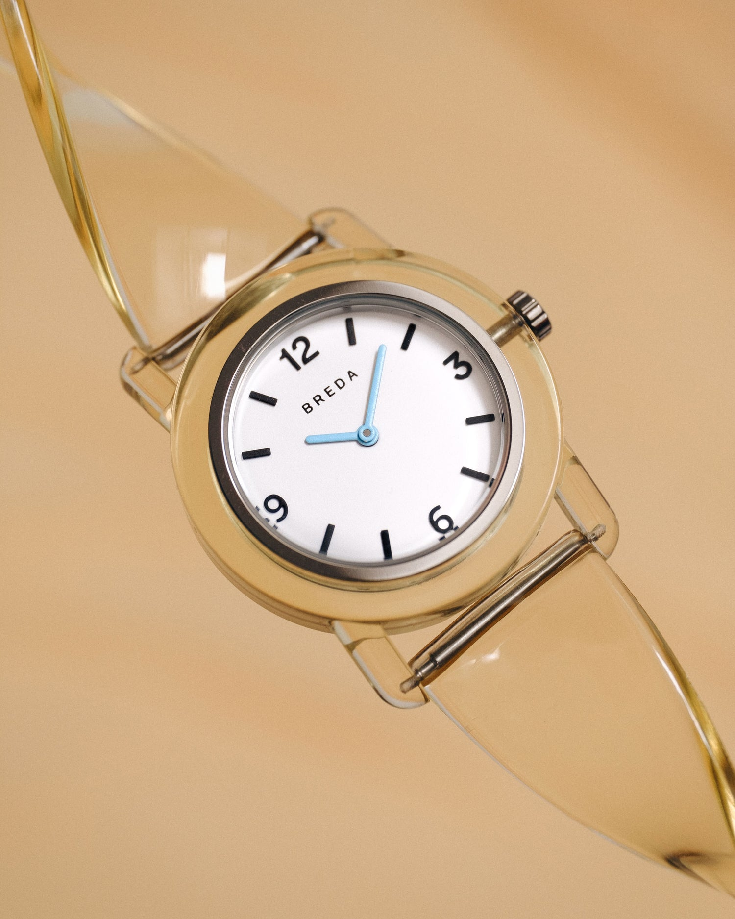breda-play-1742b-silver-cream-plastic-watch-studio-06