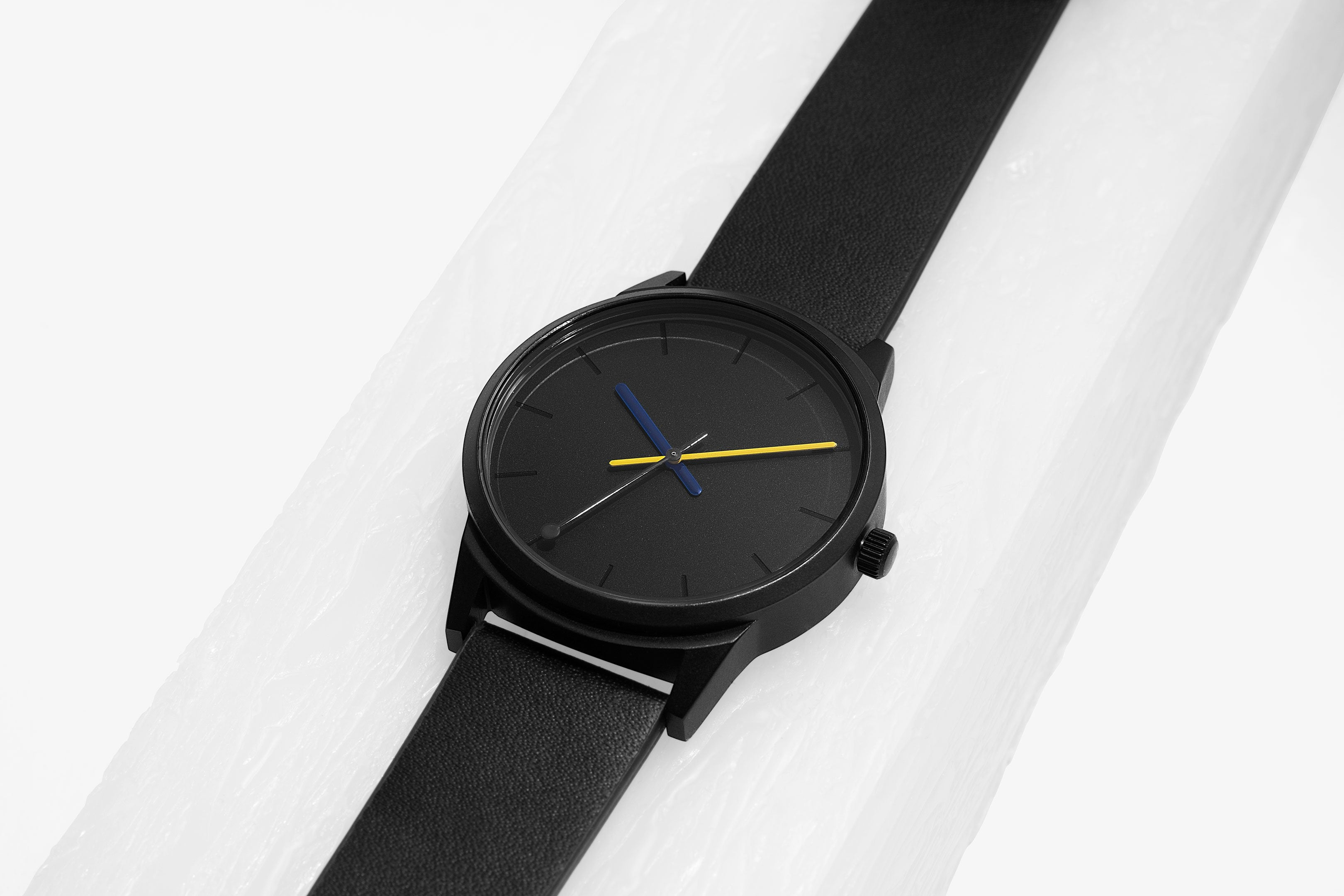 //cdn.shopify.com/s/files/1/0879/6650/products/breda-poketo-5021a-spectra-black-leather-band-collaboration-watch-front-holiday-2018-1_1024x1024.jpg?v=1542823188