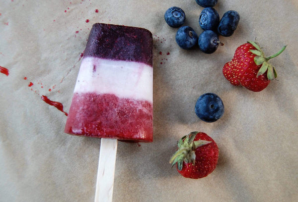 RECIPE: ALL-NATURAL VERSION OF RED, WHITE & BLUE ROCKET POPSICLES