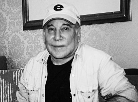 Paul Simon was interviewed by Paul Zollo for American Songwriter and The Songwriting School of Los Angeles.