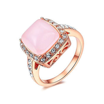Rose Gold Quartz Halo Ring