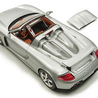Tamiya - 1/24 Porsche Carrera GT Plastic Model Kit