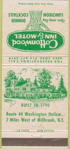 Matchbook Cover - Cottonwood Inn Motel Millbrook NY 30 Strike