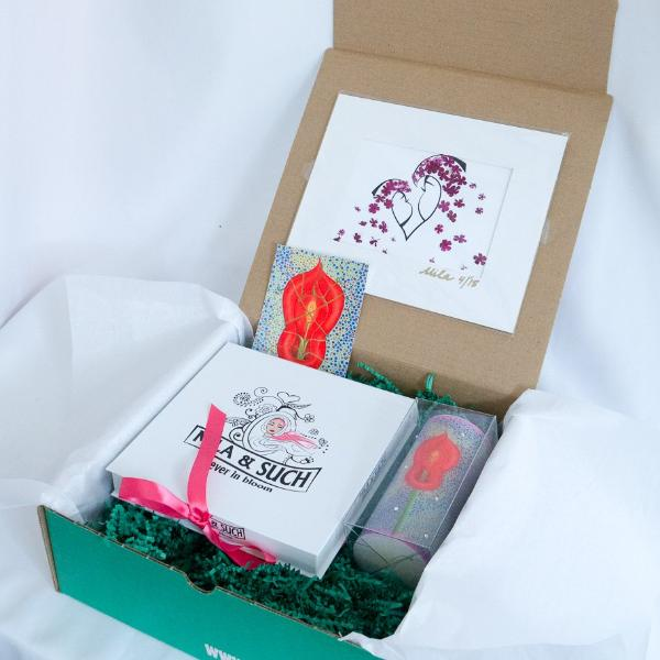 BIND ME NOT MAGNIFICENT BOX Gift Set For Her Scarf, Candle, Print