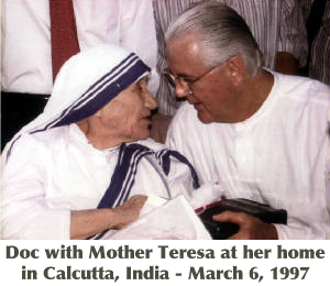 Doc Broderick with Mother Teresa in Calcutta, India