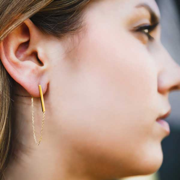 yellow gold bar chain hanging earring