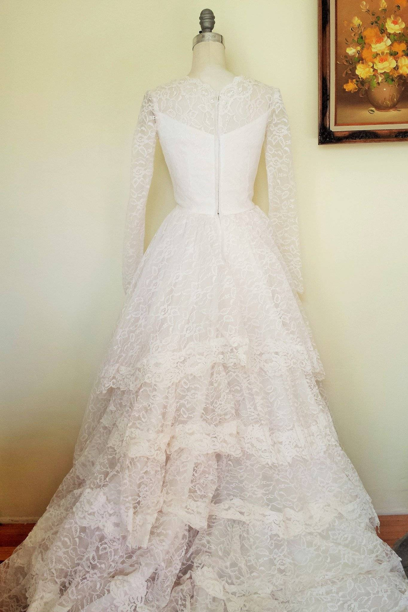 Vintage 1950s Grace Kelly Style Lace Wedding Gown – Toadstool Farm ...